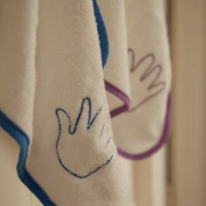 Cuddledry Blue/Natural White Bamboo Hand Towel